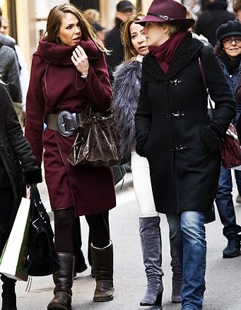Ilary Blasi + Ugg + Balenciaga