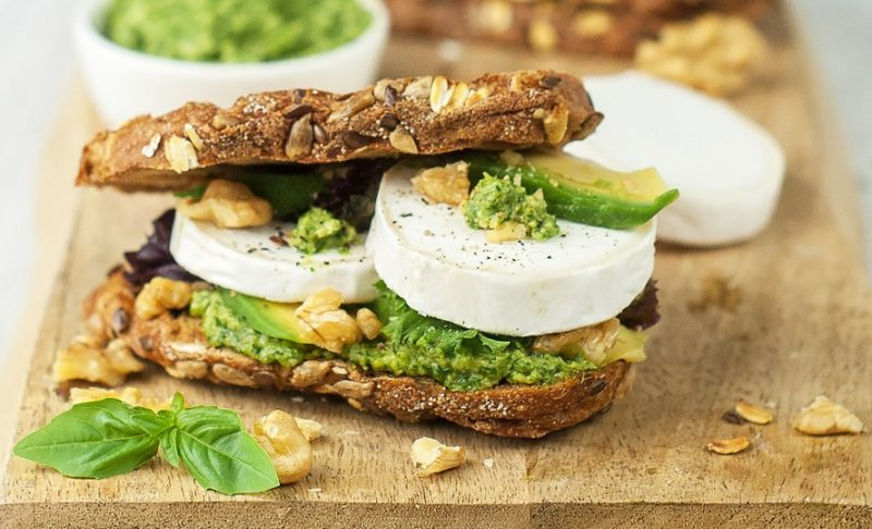 Can you eat goats cheese when pregnant?