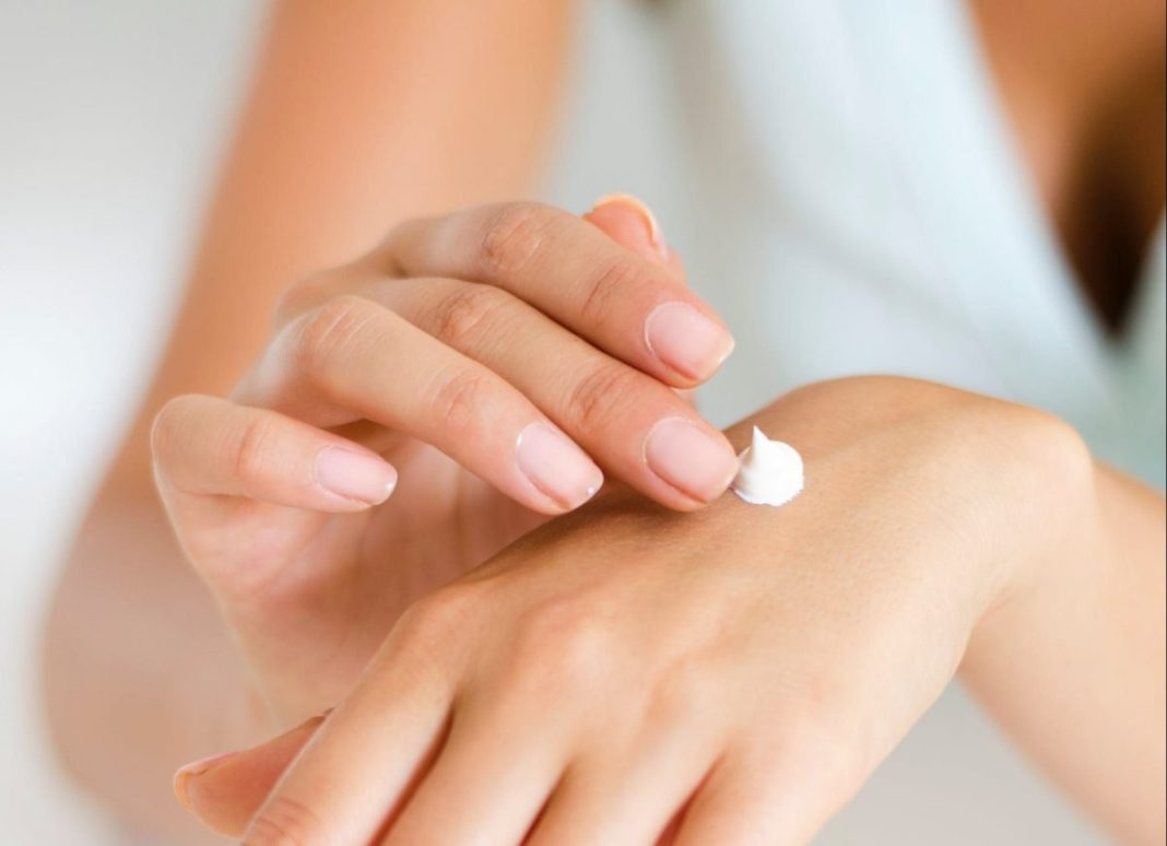 Triamcinolone acetonide cream for dark spots