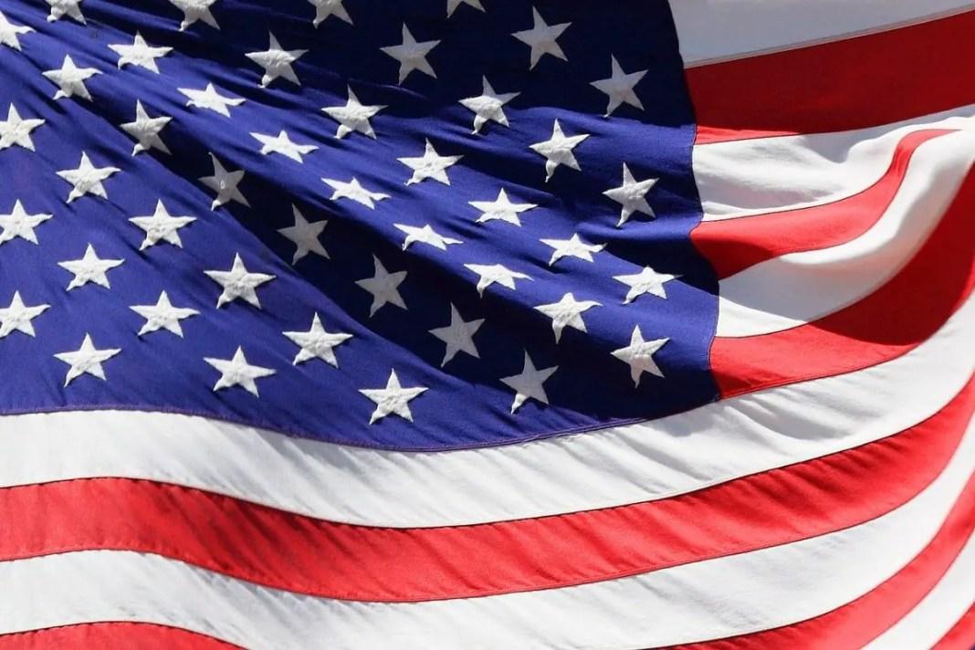 Requisitos para la ciudadanía americana para personas mayores