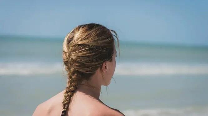 peinados-aguantar-tirabuzones-ayudaran-proteger_1345075621_97827754_667x375-8030545