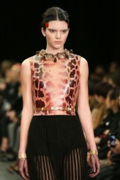 kendall-jenner-walks-the-givenchy-catwalk-show-paris-march-2014_1