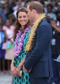 Catherine, Duchess of Cambridge in Jonathan Saunders