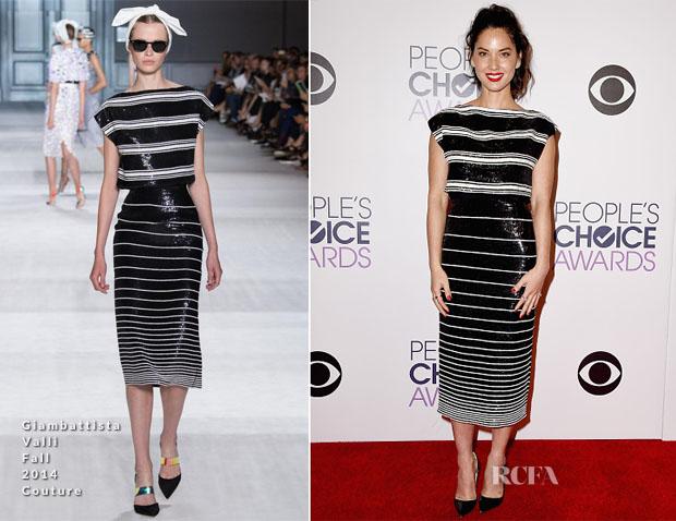 Olivia Munn In Giambattista Valli Couture - 2015 People's Choice Awards