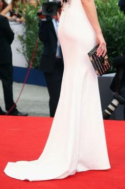Elizabeth Banks in Dolce & Gabbana