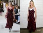 Margot Robbie In Miu Miu - Indie Contenders Roundtable