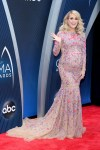 Carrie Underwood In Uel Camilo - 2018 CMA Awards