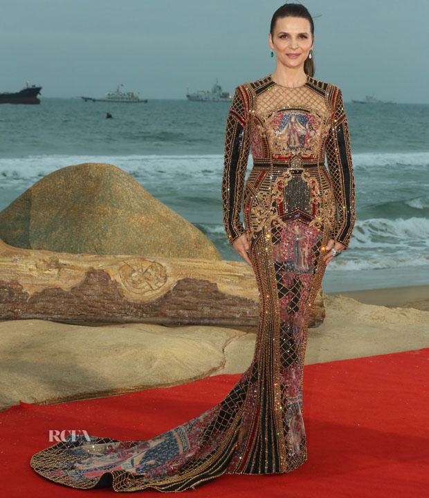 Fashion Blogger Catherine Kallon features Juliette Binoche In Balmain - 1st Hainan International Film Festival Closing Ceremony