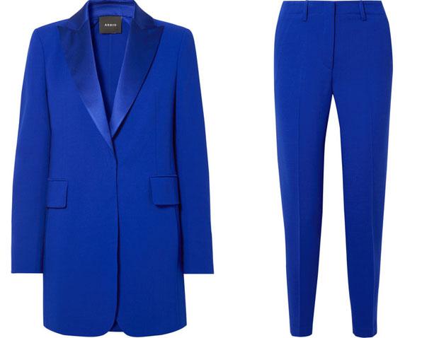Sandra Bullock Akris blue suit