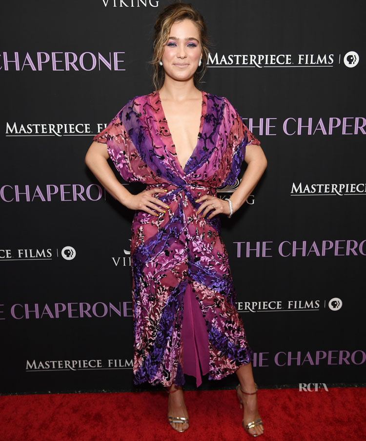 Haley Lu Richardson Is Pretty In Purple, and Pink At 'The Chaperone' New York Premiere In Prabal Gurung