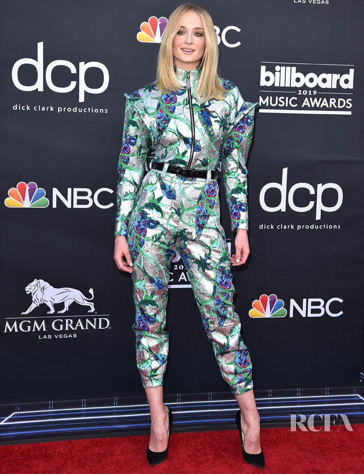 Sophie Turner In Louis Vuitton - 2019 Billboard Music Awards