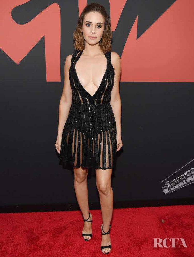 Alison Brie In Elie Saab - 2019 MTV VMAs