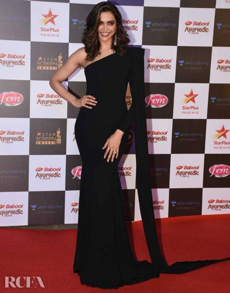 Deepika Padukone Brings Black Magic To The 2019 Star Screen Awards In Alex Perry