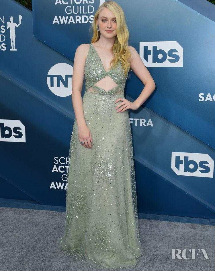 Dakota Fanning In Valentino - 2020 SAG Awards