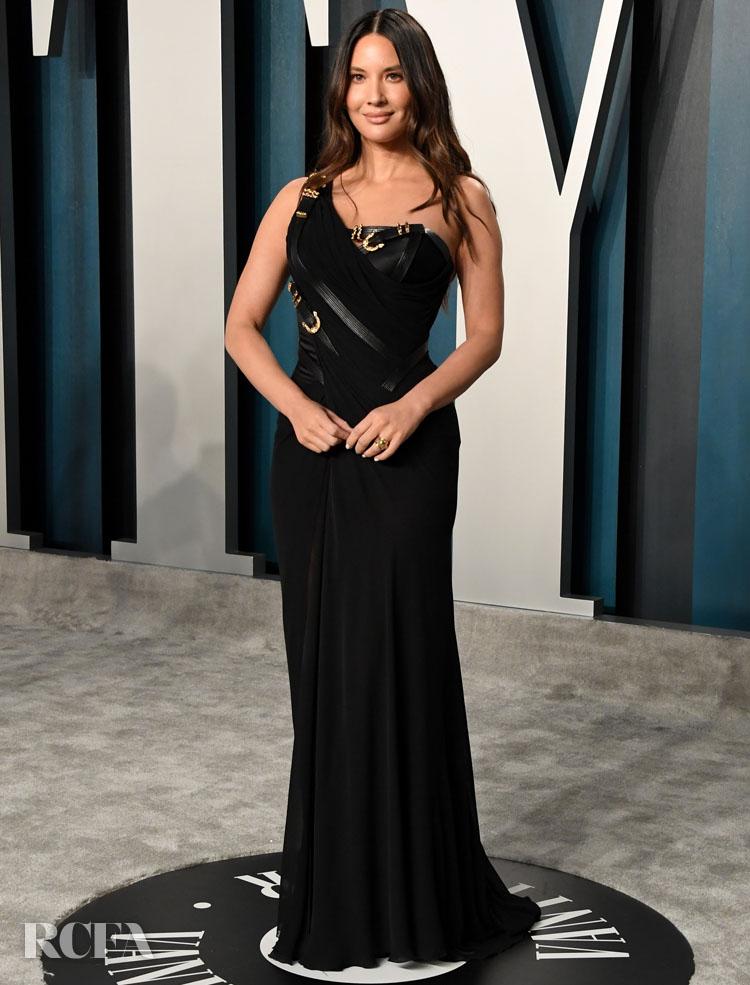 Olivia Munn In Atelier Versace - 2020 Vanity Fair Oscar Party