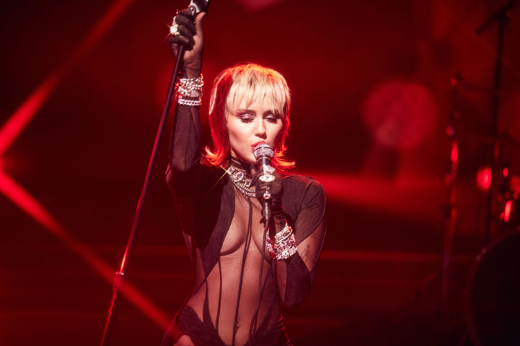 Miley Cyrus Performs In Mugler For The 2020 iHeart Festival 2020