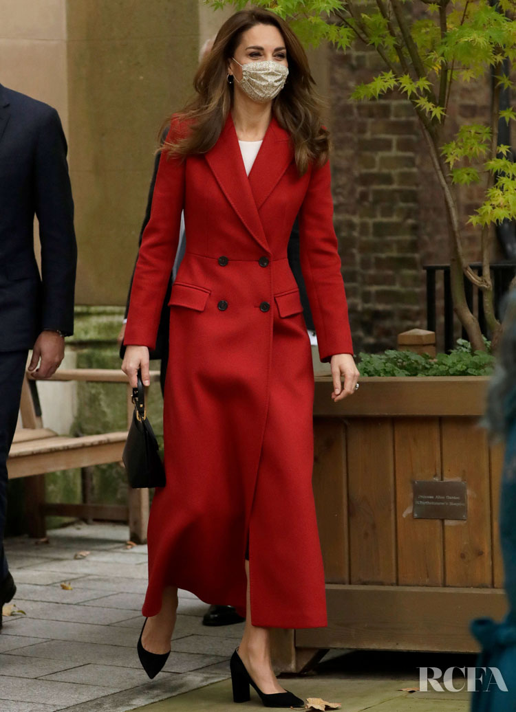Catherine, Duchess of Cambridge Wore Alexander McQueen To The 'Hold Still' Exhibition