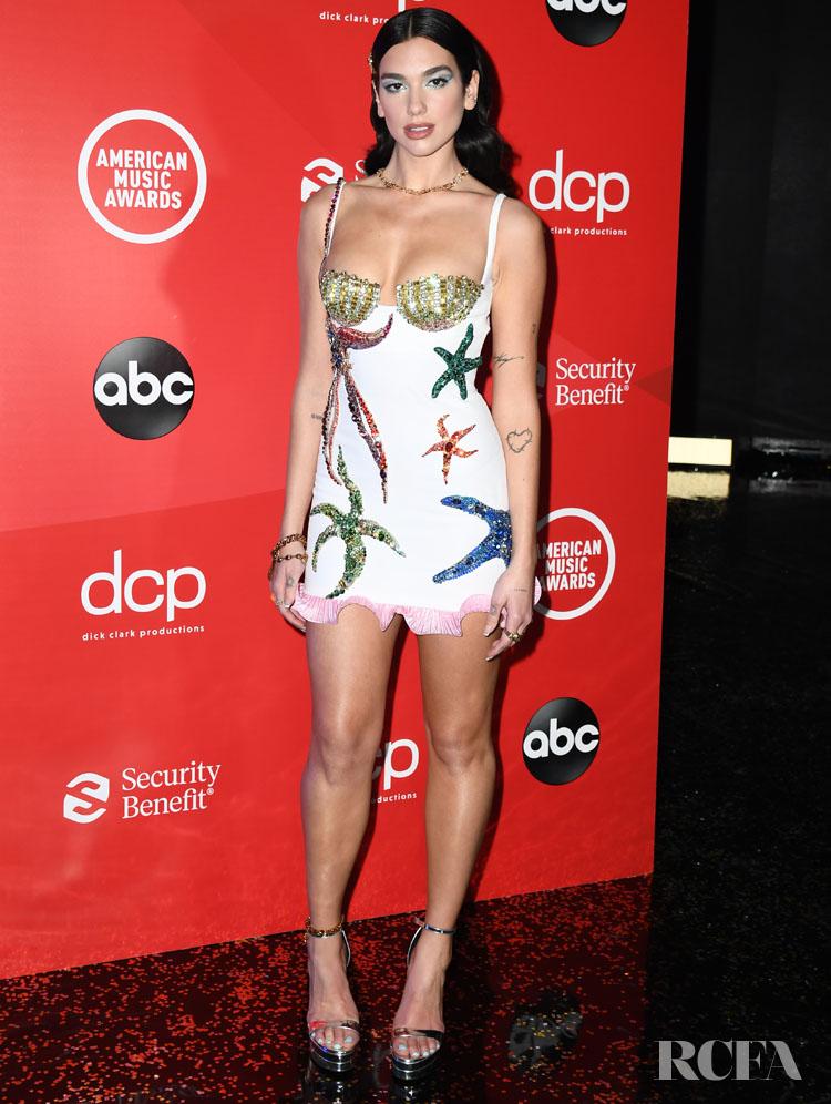 Dua Lipa Wore Two Versace Looks For The 2020 American Music Awards