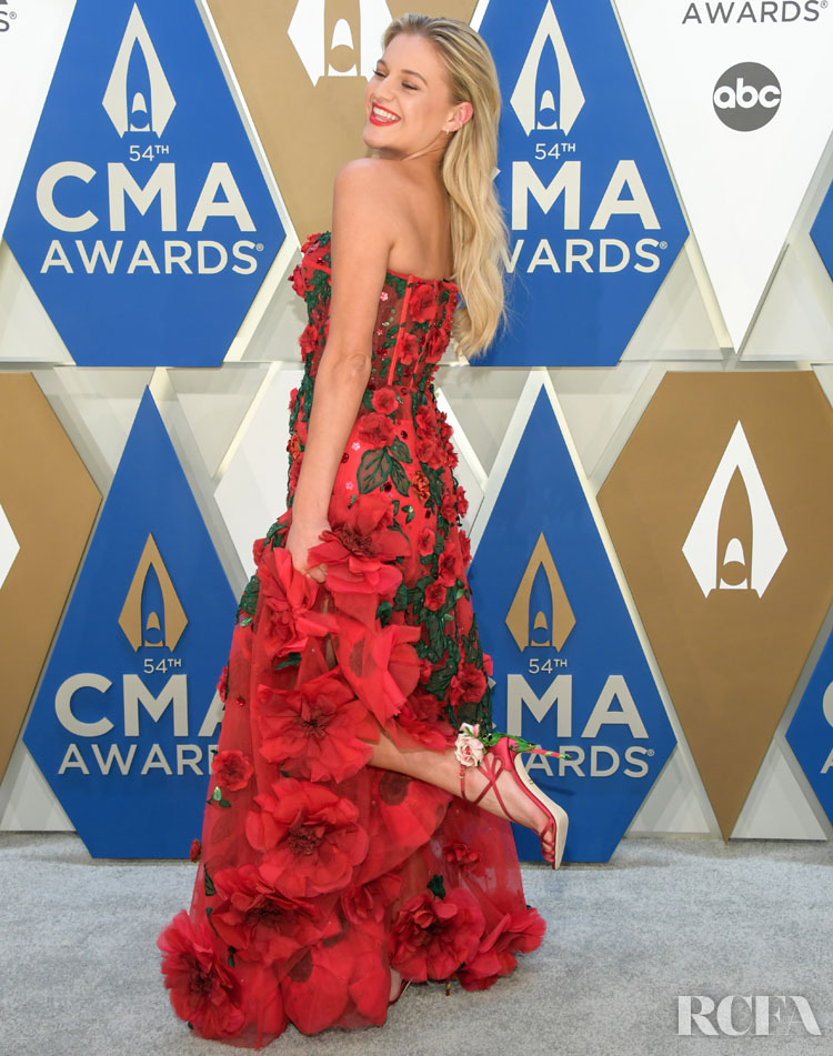 Kelsea Ballerini Wore Dolce & Gabbana To The 2020 CMA Awards