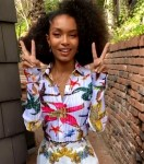 Yara Shahidi Wore Versace On The Tonight Show Starring Jimmy Fallon