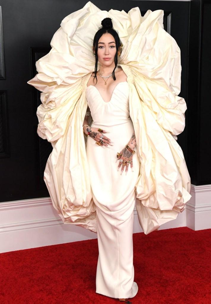 Noah Cyrus Wore Schiaparelli Haute Couture To The 2021 Grammy Awards