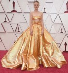Carey Mulligan Wore Valentino Haute Couture To The 2021 Oscars