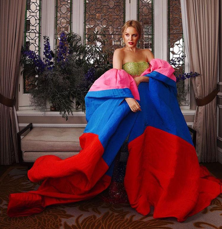 Kylie Minogue Wore Schiaparelli Haute Couture For The 'Gram