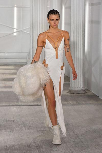 Zendaya Wore Dion Lee During Venice Film Festival - Red Carpet Fashion  Awards