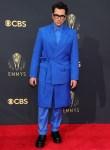 The 'Schitt's Creek' Cast Go Monochromatic For The 2021 Emmy Awards