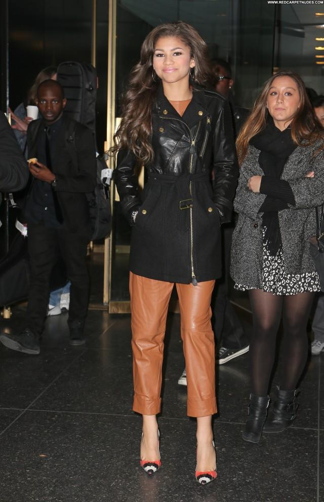 Zendaya New York Celebrity Babe Beautiful Posing Hot High Resolution