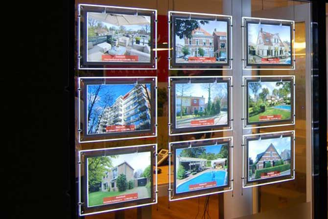 Displays for Estate Agents
