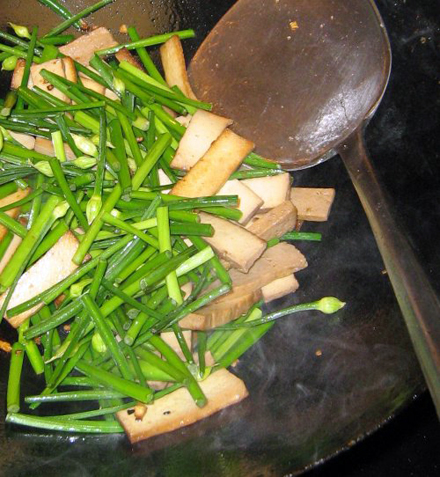 Chive and Tofu in Wok