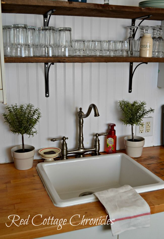 kitchen sink styling