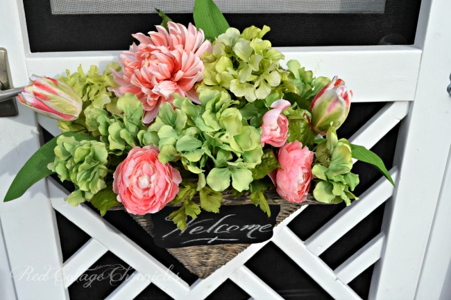 How to make a spring wreath with a twist