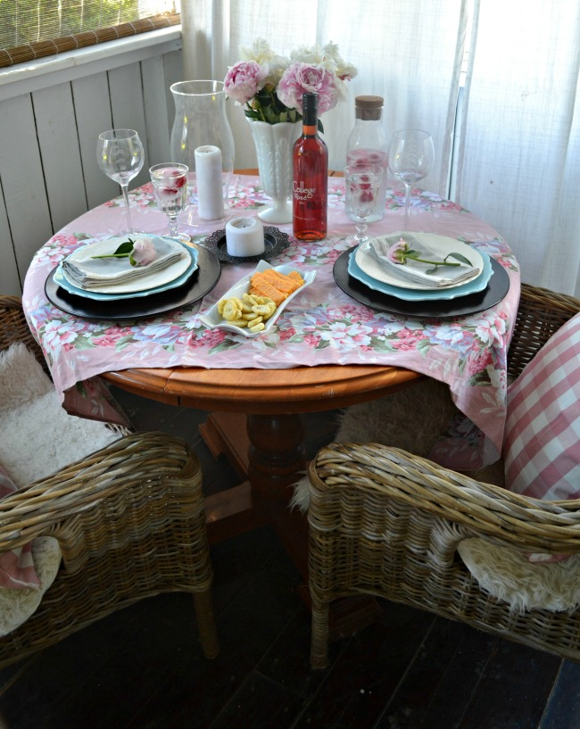 Tablescapes - Setting a table for two and take the time to leisurely dine