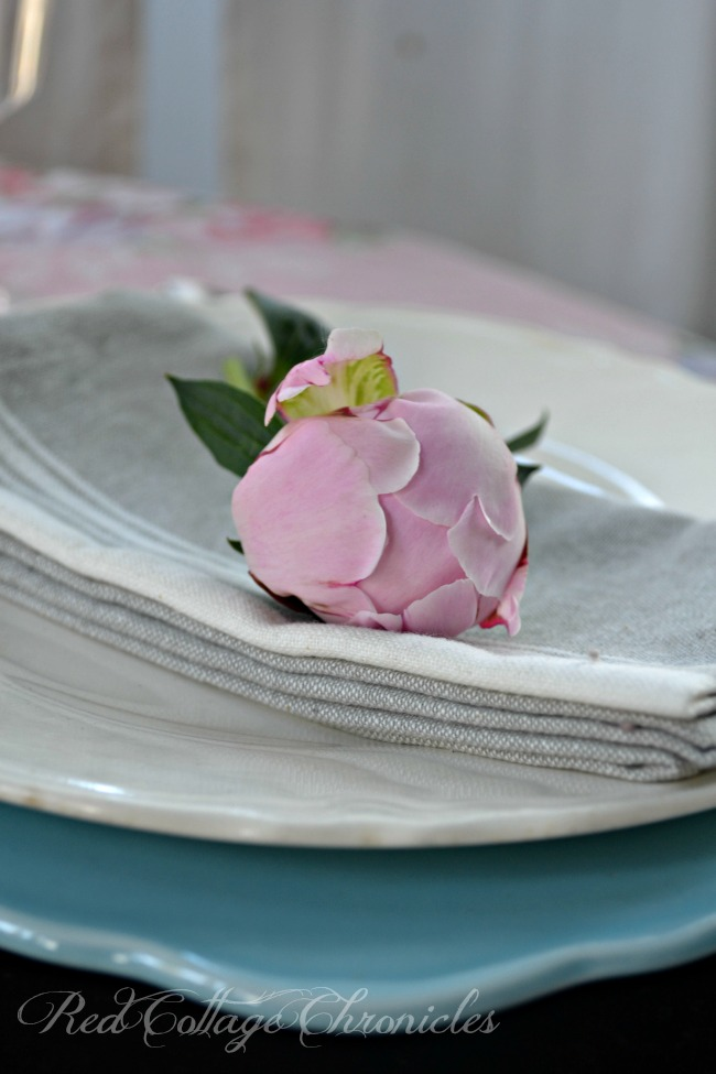 Tablescapes - Setting a romantic table for two