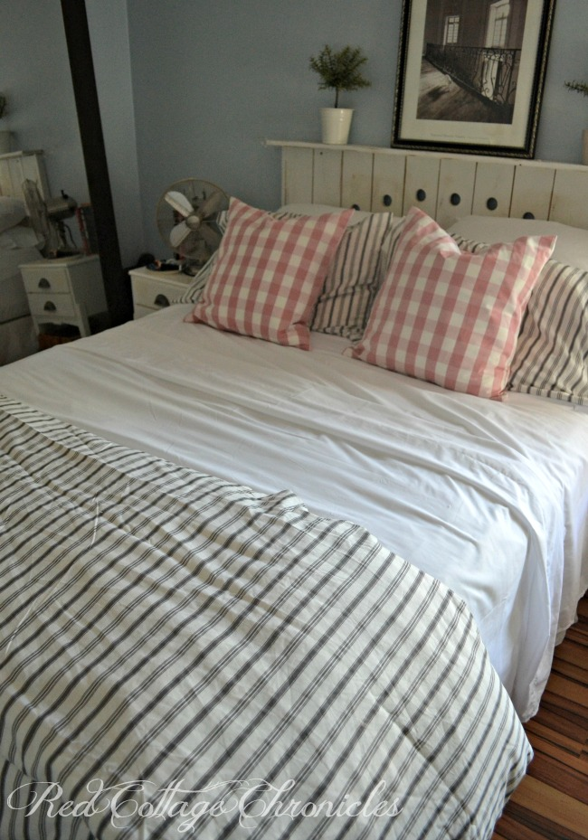 5 steps to a cozy summer bed