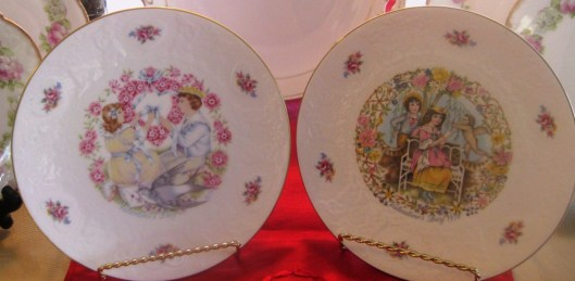 royal daulton pair of plates