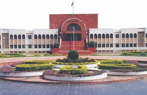 The Aurangabad Bench of the Bombay HC certifies the admissibility of print outs of orders, uploaded on court websites, for use in Trial court proceedings.
