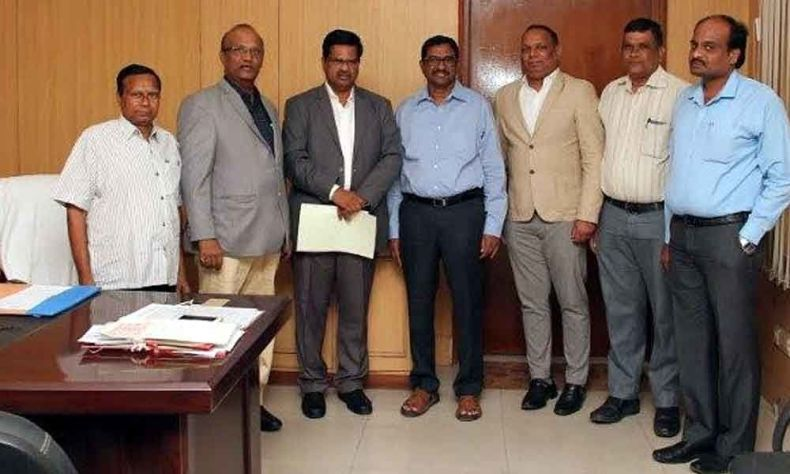 Telangana Government provides financial assistance to advocates amidst COVID-19 pandemic