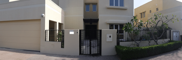 Organising villa outdoor, garage door, pergola, fountain Dubai landscaping