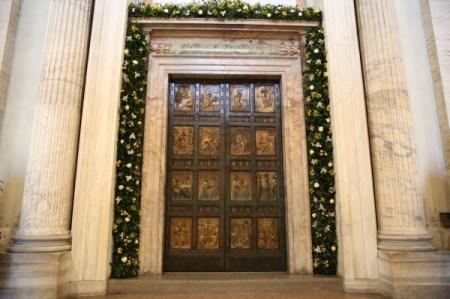 Puerta Santa de la Basílica de San Pedro de Roma