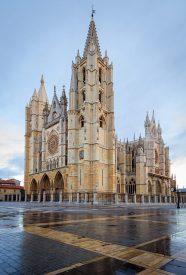 Catedral de León (Foto: David Jiménez / Wikipedia)