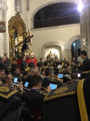 Concierto del XXV Aniversario de la Hdad de Jesús Nazareno de Oviedo por la AM del Dulce Nombre de León en Oviedo