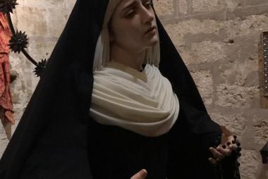 Ntra Madre ataviada para Pascua
