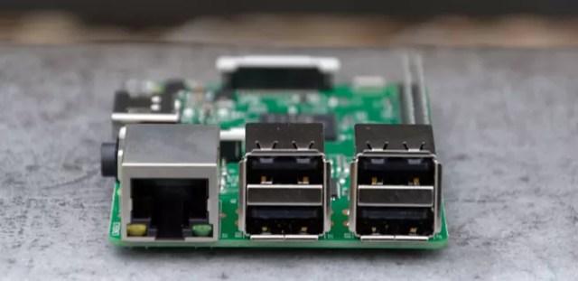 Raspberry Pi tres USB