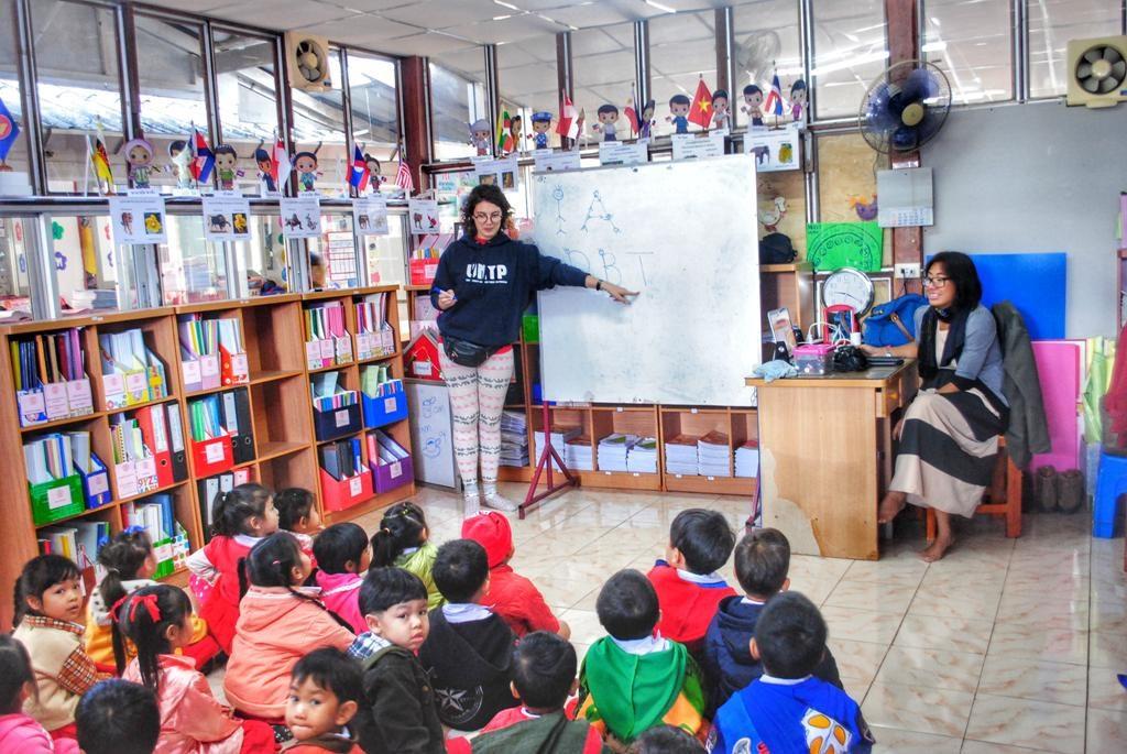 ტაილანდის სკოლაში მასწავლებელი