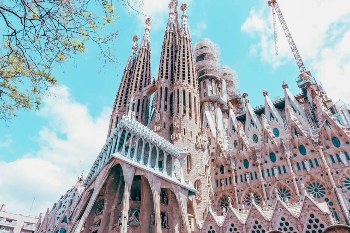 Barcelona Itinerary - Best Things to Do in Barcelona on a Budget 36