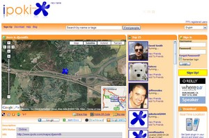 ipoki2 small iPoki   new GPS based social network is a voyeurs delight