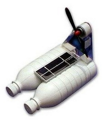 Solar Powered Bottle Boat – a new kind of DIY hobby